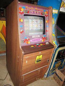8 LINER CHERRY MASTER POKER MACHINE VIDEO ARCADE GAME